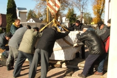 nowy_oltarz_26_20120929_1463699554
